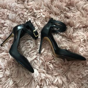 Guess Pointed Toe Black Heels